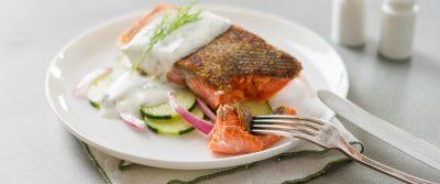 智利的漁業檢查官,他不吃養殖鮭魚,為什麼呢?
