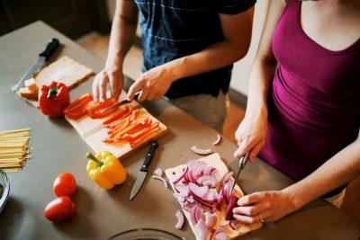 自己做的菜感覺比較好吃?不見得如此