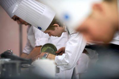 被喻為《鐵人料理》的廚藝大賽 Bocuse d'Or 將素食料理納入比賽項目