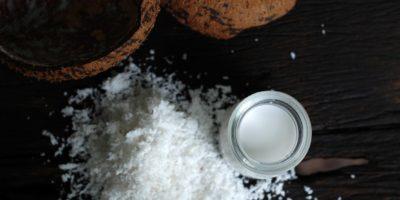 跟罐頭說再見,自製椰奶簡單、安全又美味!