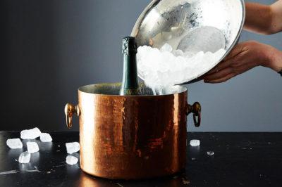 客人來了,酒還沒冰怎麼辦?3 招葡萄酒快速降溫技巧分享