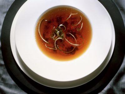精華中的精華:法式澄清湯 Consommé