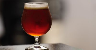 解惑精釀啤酒酒單:Ale 和 Lager 到底是什麼?